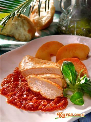 Piersi kurczaka duszone w pomidorach