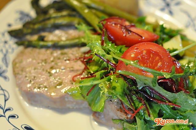 Stek z tuńczyka w koperkowo - cytrynowej marynacie