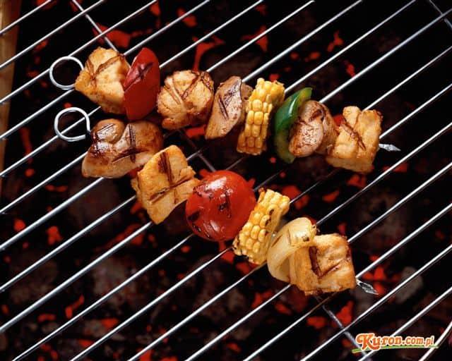Szaszłyk z kurczaka grillowany