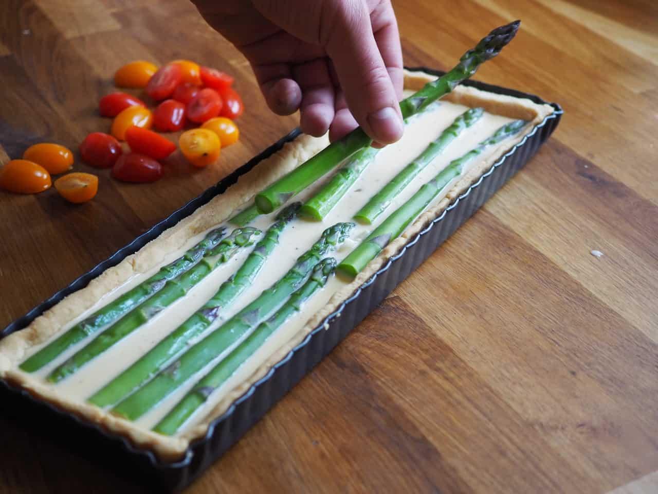 Tarta z zielonymi szparagami
