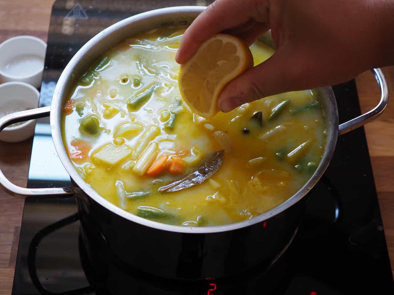 Letnia zupa jarzynowa