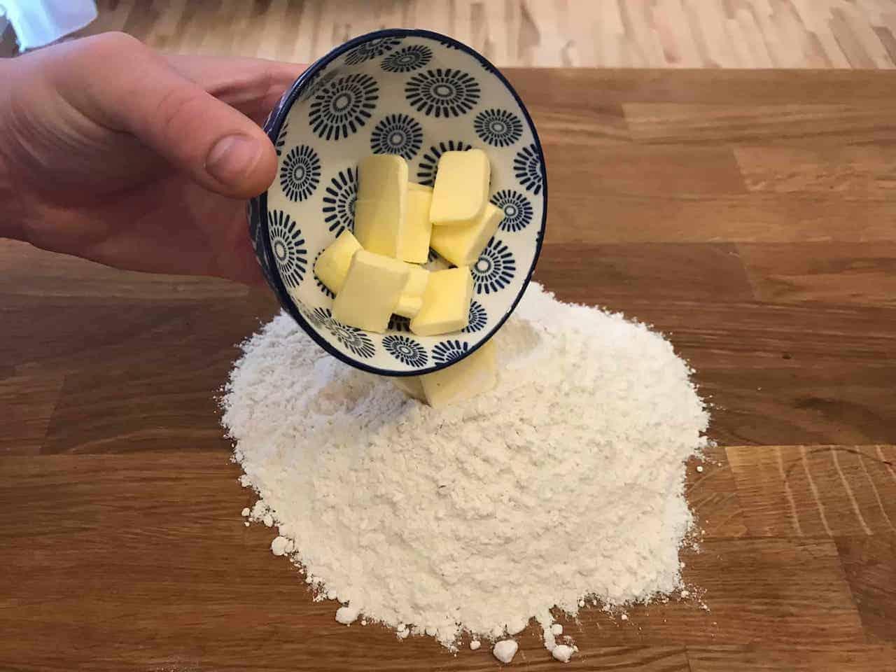 Pierogi z tartymi ziemniakami