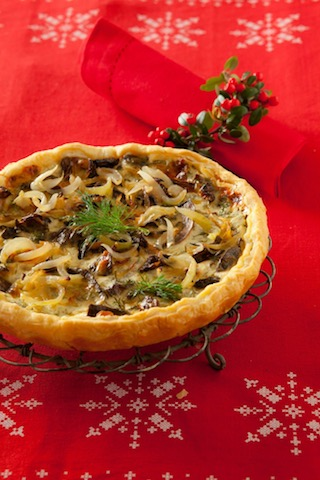Tarta z grzybami i serem gruyer