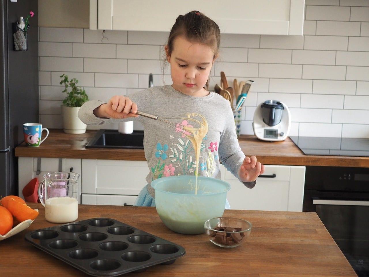 Dziecinnie proste muffinki z czekoladąDziecinnie proste babeczki z czekoladą