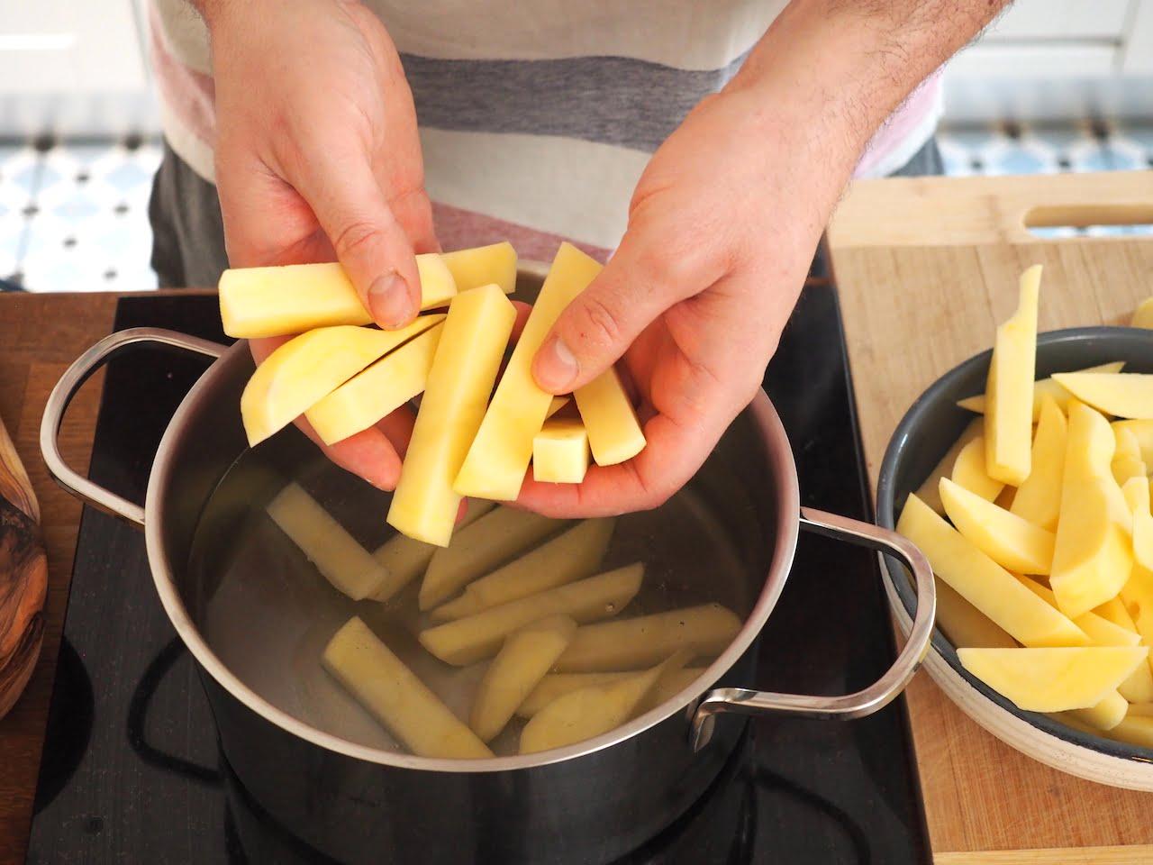 jak zrobić chrupiące belgijskie frytki