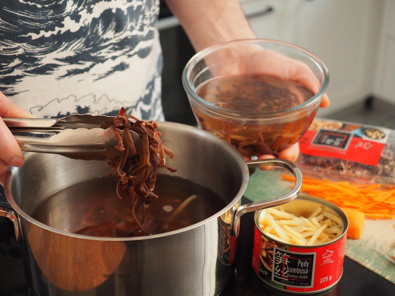 jak przygotować orientalną zupę