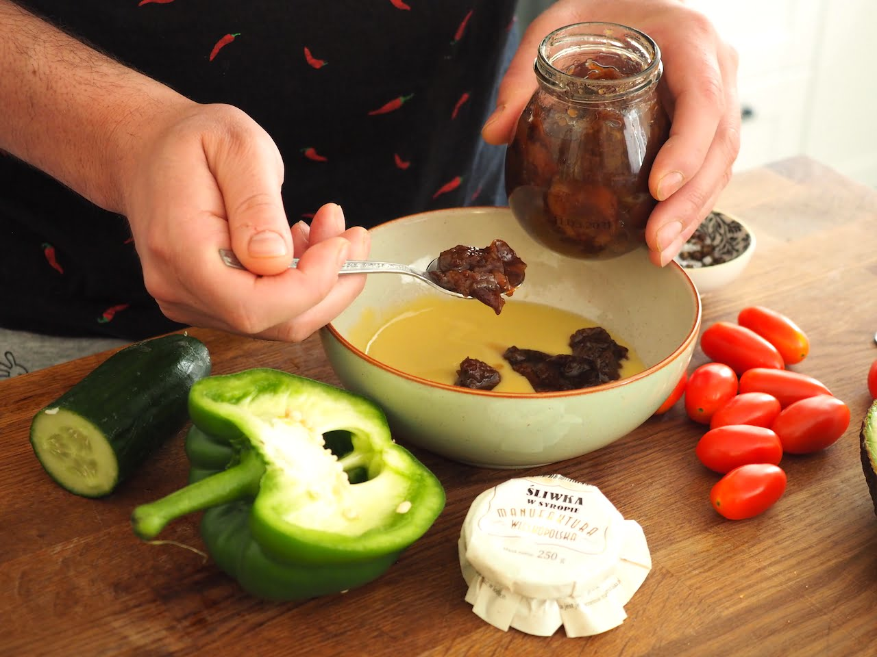 sos do sałatki ze śliwkami