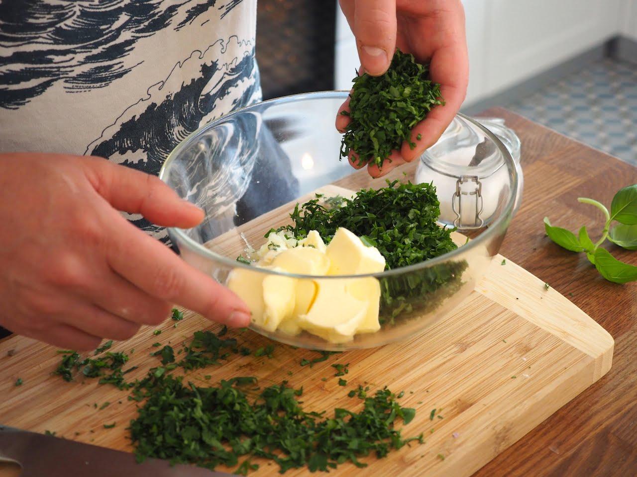 masło ziołowo czosnkowe