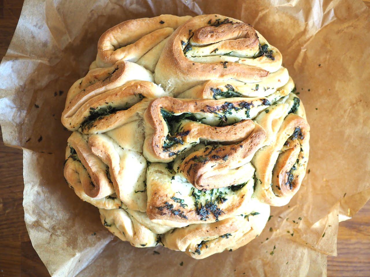 Chlebek czosnkowo - ziołowy