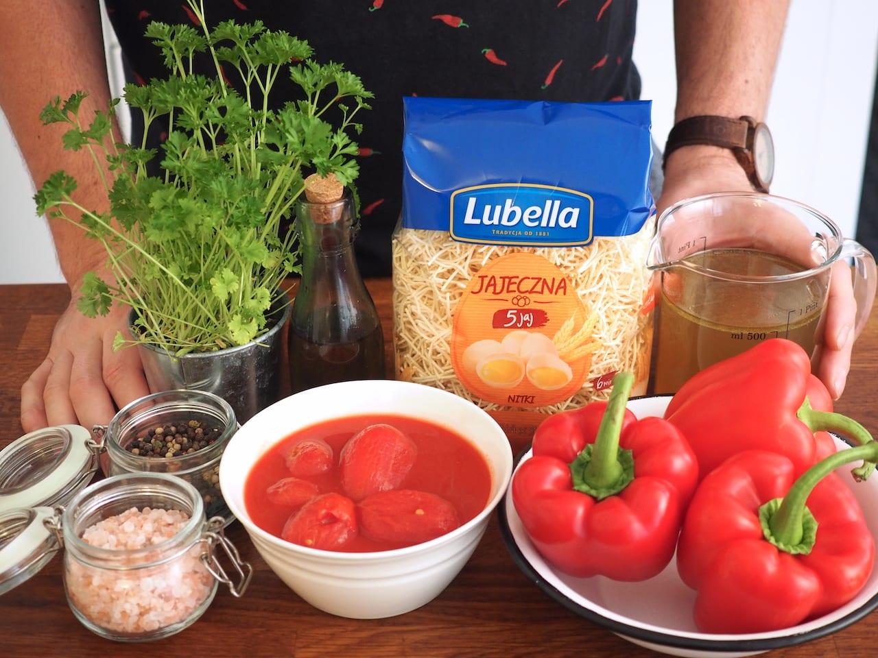 Składniki na zupę pomidorową