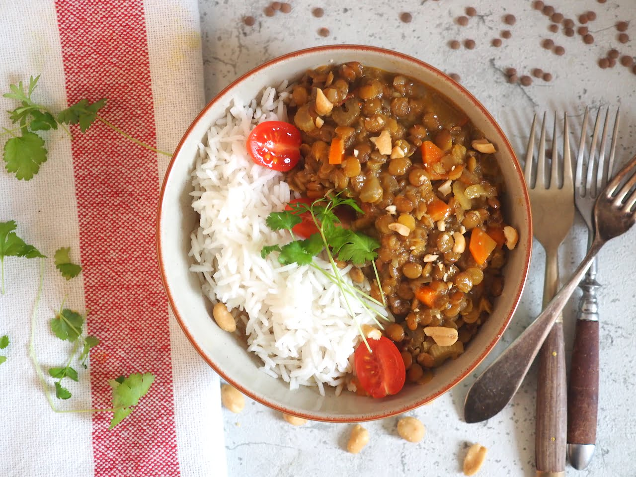 Curry z soczewicy z mleczkiem kokosowym
